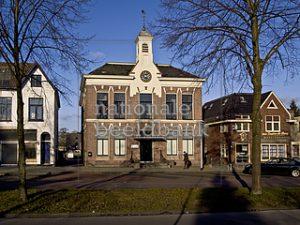 Foto van gemeentehuis Hoogezand aan de Hoofdstraat 31