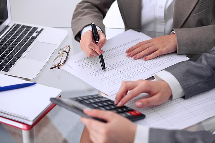 Voor specifieke vraagstukken werken wij samen met fiscalisten, juristen, advocaten, notarissen, mediators en accountants